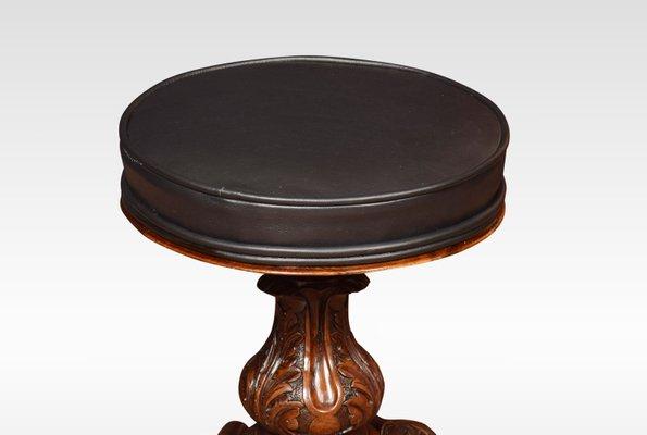 Sgabello per pianoforte antico regolabile in legno di noce in