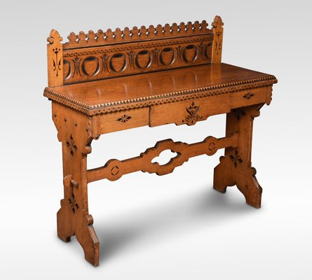 Tavolino da ingresso vittoriano gotico