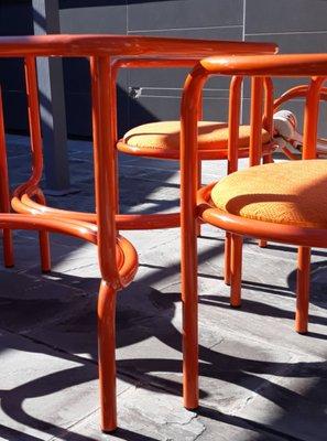Tavolo Da Giardino Locus Solus Con Chaise Longue E Quattro Sedie Di Gae Aulenti Per Poltronova 1964
