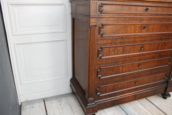 Large Chest Of Drawers With Mirror Top