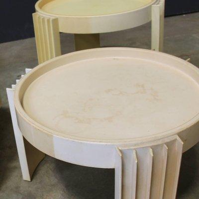 Tavoli In Plastica Impilabili.Tavoli Marema Impilabili Di Gianfranco Frattini Per Cassina 1967