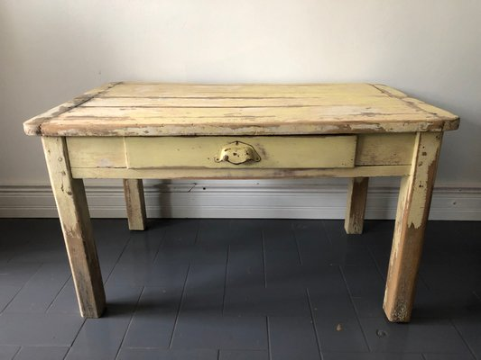 Merveilleux Vintage French Farm Coffee Table