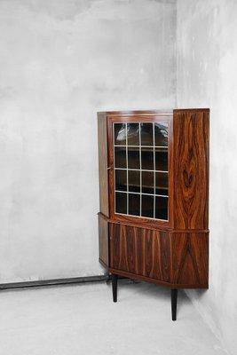 Vetrina ad angolo in vetro e palissandro, Danimarca, anni \'60