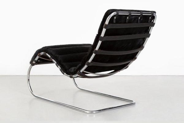 Brazilian Cowhide Model 241 LS Chaise Lounge By Ludwig Mies Van Der Rohe  For Knoll International