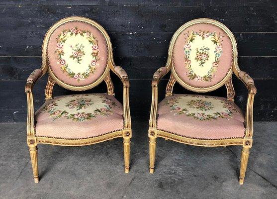 Poltrone in stile Luigi XVI con braccioli dipinti, Francia, set di 2