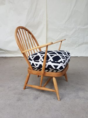 Mid Century Windsor Armchair From Ercol For Sale At Pamono