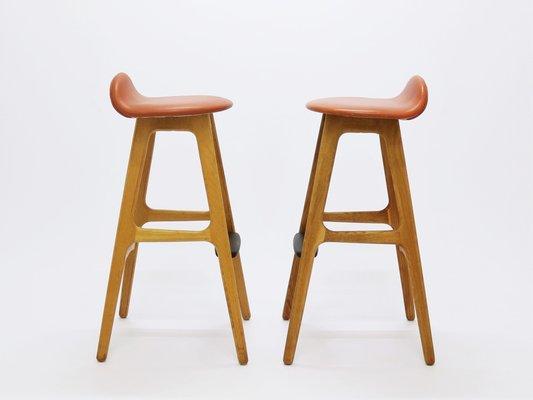 Incredible Vintage Od61 Oak Rosewood Bar Stools By Erik Buch For Oddense Maskinsnedkeri 1960S Set Of 2 Creativecarmelina Interior Chair Design Creativecarmelinacom
