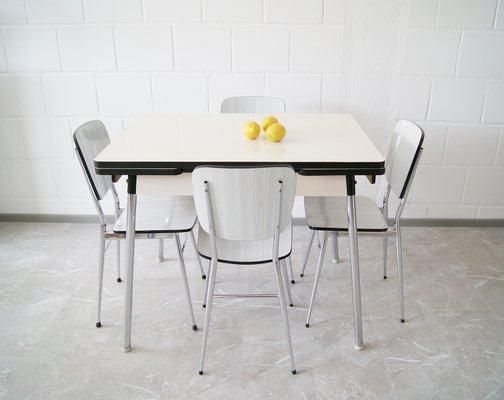 Vintage Küchentisch 4 Stühle Aus Resopal 1960er Bei Pamono Kaufen
