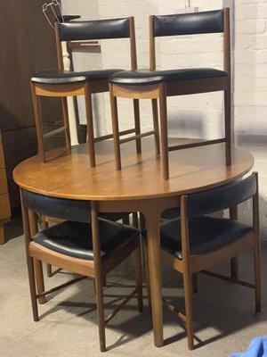 Juego de mesa de comedor extensible Mid-Century y sillas de McIntosh ...