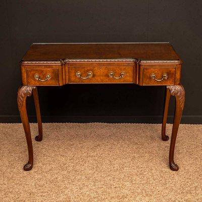 Queen Anne Style Walnut Side Table