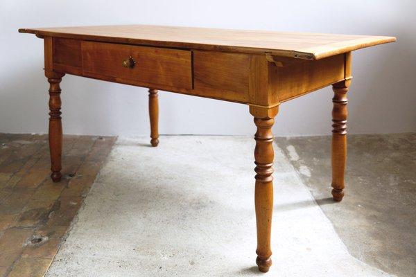 Tavolo da cucina antico in ciliegio, fine XIX secolo
