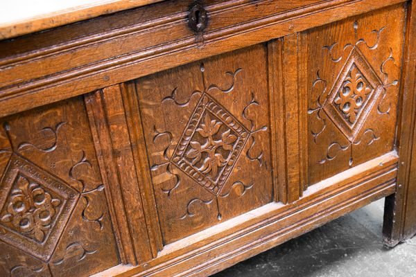 Antique Oak Coffer For At Pamono