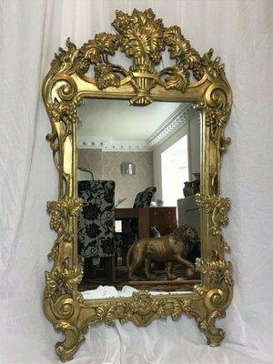 Specchio da parete grande in stile rococò dorato, anni \'70 in ...