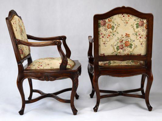 Sedie Luigi XV in legno di noce intagliato, 1860, set di 4