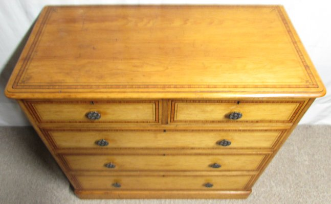 quality design ba241 c0a88 Antique Victorian Pine Chest of Drawers