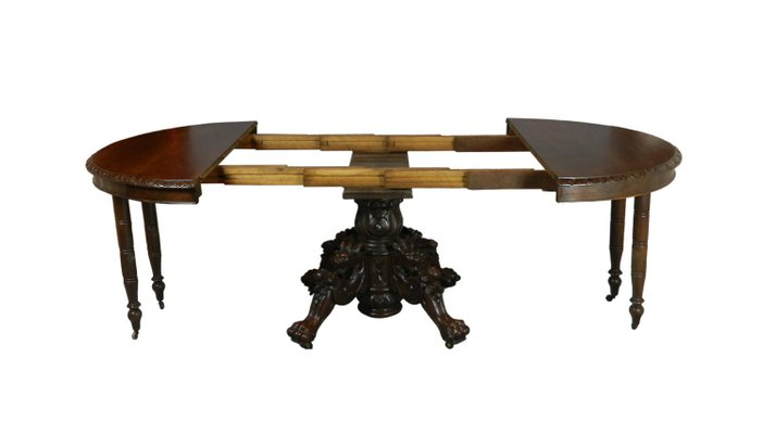 Merveilleux Antique French Carved Oak Hunt Table, 1870s