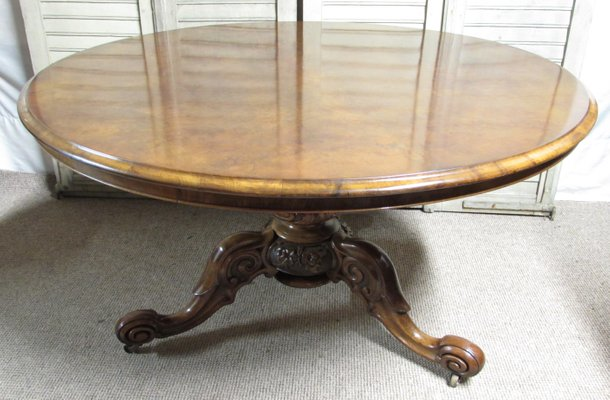 Antique Burr Walnut Round Loo Or Dining Table