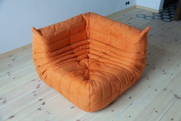 Divano Angolare In Microfibra.Divano Angolare Togo In Microfibra Arancione Di Michel Ducaroy Per