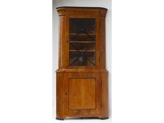 Vetrina ad angolo Biedermeier, inizio XIX secolo in vendita su Pamono