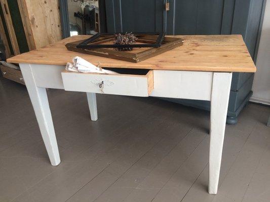 Tavolo da cucina antico