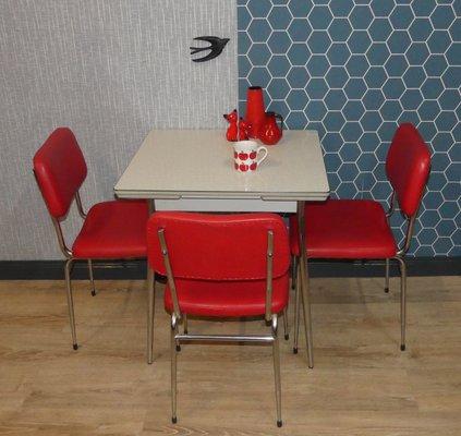 Tavolo da cucina piccolo in metallo cromato e resopal, anni \'50 in ...