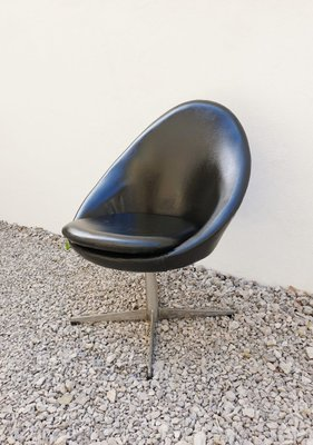 Groovy Mid Century Danish Black Swivel Egg Chair From Kanari 1960S Andrewgaddart Wooden Chair Designs For Living Room Andrewgaddartcom