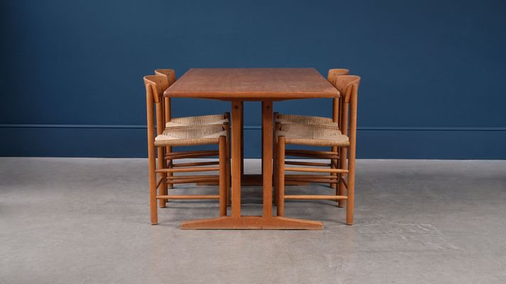 Beau Danish Dining Set By Børge Mogensen For Fredericia, 1950s