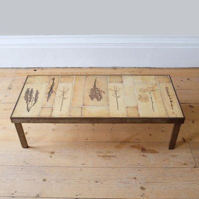 Table Basse Avec Carreaux En Céramique Par Roger Capron 1960s