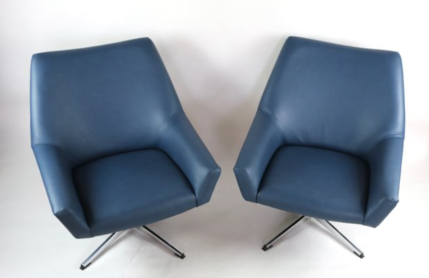 Terrific Blue Leather Swivel Chairs From Veb Metallwaren Naumburg 1970S Set Of 2 Unemploymentrelief Wooden Chair Designs For Living Room Unemploymentrelieforg