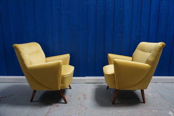 Brilliant Scandinavian Modern Style Wood And Velvet Lounge Chairs 1960S Set Of 2 Creativecarmelina Interior Chair Design Creativecarmelinacom