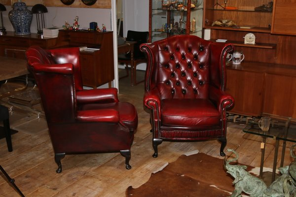 Outstanding Vintage Oxblood Cow Leather Wingback Chesterfield Chairs 1970S Set Of 2 Alphanode Cool Chair Designs And Ideas Alphanodeonline