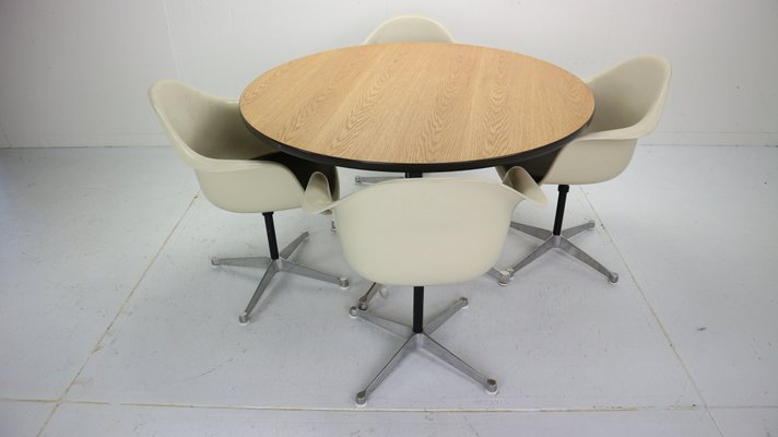 Sensational Dining Table Chairs Set By Charles Ray Eames For Herman Miller 1950S Set Of 4 Pabps2019 Chair Design Images Pabps2019Com