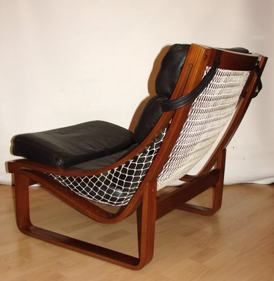 Marvelous Vintage Model T4 Leather And Teak Armchair By Fred Lowel For Tessa 1970S Onthecornerstone Fun Painted Chair Ideas Images Onthecornerstoneorg