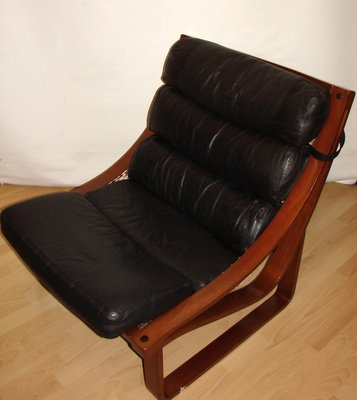 Surprising Vintage Model T4 Leather And Teak Armchair By Fred Lowel For Tessa 1970S Onthecornerstone Fun Painted Chair Ideas Images Onthecornerstoneorg