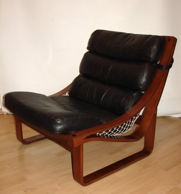 Stupendous Vintage Model T4 Leather And Teak Armchair By Fred Lowel For Tessa 1970S Onthecornerstone Fun Painted Chair Ideas Images Onthecornerstoneorg