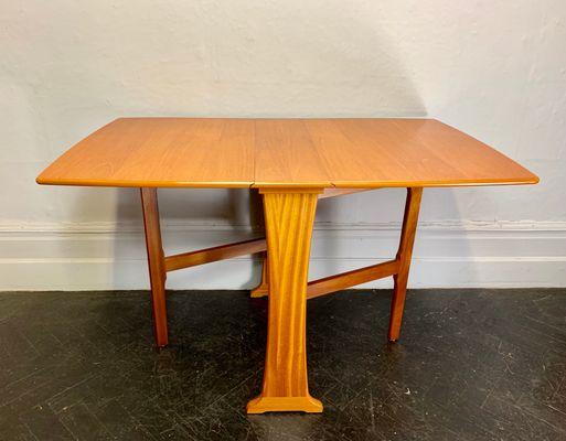 Tavolo Di Legno Pieghevole.Tavolo Da Pranzo Pieghevole Vintage In Teak E Legno Anni 70