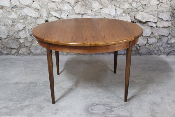 Mesa de comedor extensible redonda de teca y afromorsia de Victor Wilkins  para G-Plan, años 60