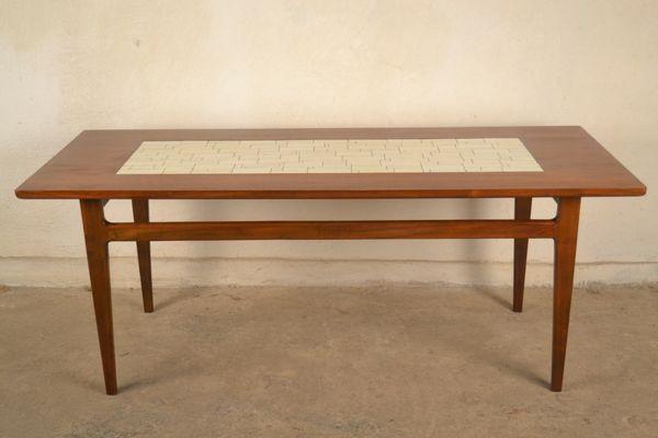 prix compétitif acfd3 7b1b6 Table Basse Mid-Century en Céramique et Bois, Danemark, 1960s