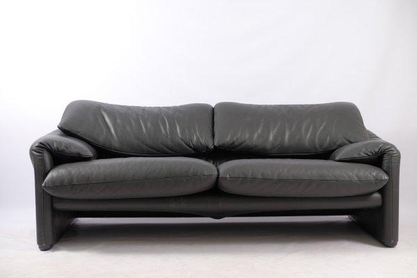 Bon Italian Modern Leather Sofa By Vico Magistretti For Cassina, 1970s