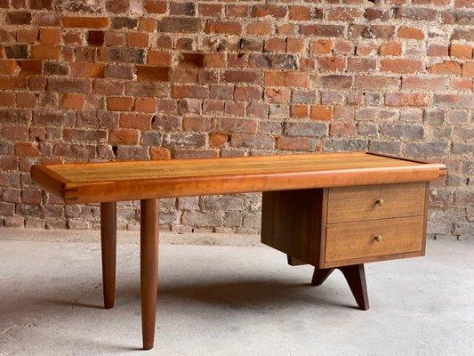 Walnut Coffee Table By George Nakashima