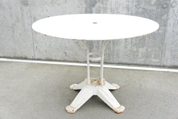 Table de Jardin Antique en Métal Blanc