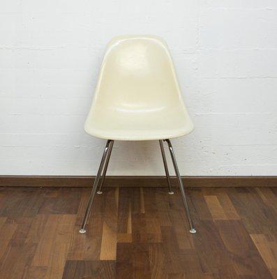 Sedia A Dondolo Vitra.Sedia Dss H Vintage In Fibra Di Vetro Di Charles Ray Eames Per