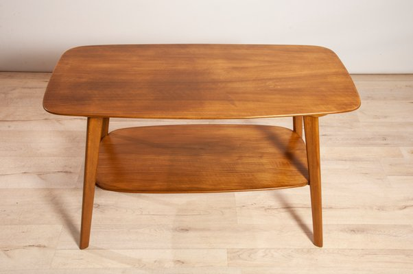Walnut Coffee Table.Mid Century Walnut Coffee Table 1960s