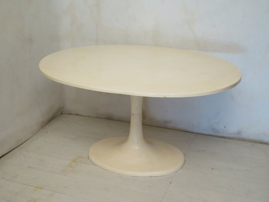 Italian Fiberglass and Epoxy Resin Oval Dining Table, 1970s