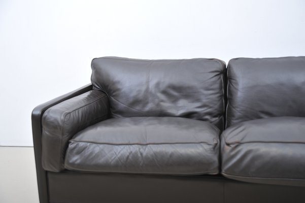 Italian Modern Leather Sofa from Poltrona Frau, 1990s