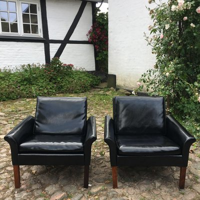Rosewood And Leather Armchairs By Hans Olsen For C S Mobler 1950s Set Of 2