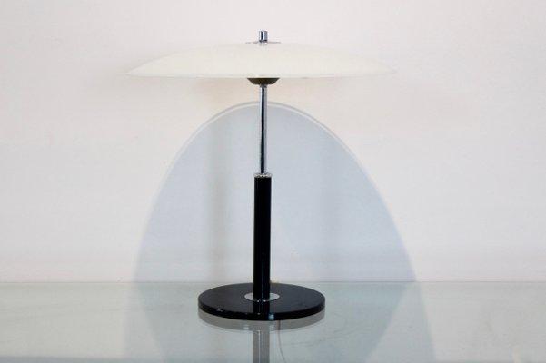 Tavolo Vetro E Acciaio Ikea.Lampada Da Tavolo In Acciaio E Vetro Lattimo Di Ikea Anni 70 In