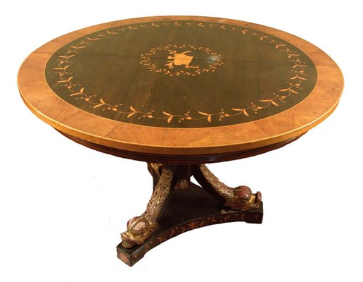 Round Coffee Table With Chairs.Antique Round Coffee Table