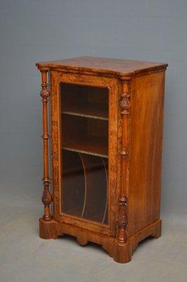 Delicieux Antique Victorian Walnut Music Cabinet