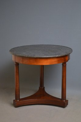 Attrayant Antique French Mahogany Coffee Table